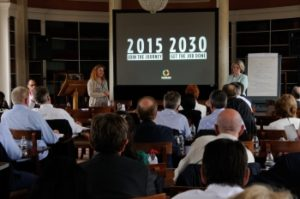 Roz Chairs Global Marketing Conference